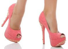 Shoe Dazzle.....why is it I can't find these on the website!!!! I LOVE them!!!!!