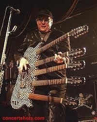5 neck guitar is so hard to use...