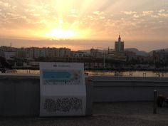 Atardecer desde el faro de Málaga New York Skyline, Travel, Light House, Cities, Viajes, Traveling, Trips, Tourism
