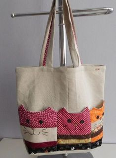 Bag with cat pockets / seller Patchwork.mirka - Bag with cat pockets / seller Patchwork. Patchwork Bags, Quilted Bag, Patchwork Designs, Crazy Patchwork, Bag Patterns To Sew, Sewing Patterns, Bag Quilt, Sewing Crafts, Sewing Projects