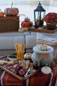 Fall Pontoon Picnic | homeiswheretheboatis.net #plaid