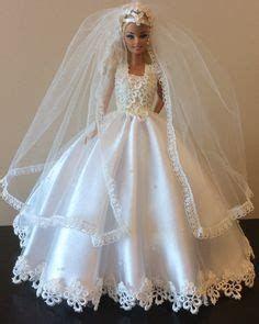 Barbie Bridal, Barbie Wedding Dress, Wedding Doll, Barbie Gowns, Barbie Dress, Wedding Dresses, Moda Barbie, Barbie E Ken, Sewing Barbie Clothes