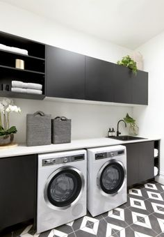 Stylish laundry with side by side appliances under benchtop with Matt Black cabinetry by Freedom Kitchens. By contestants Ronnie & Georgia. Laundry Decor, Laundry Room Organization, Laundry Room Design, Laundry In Bathroom, European Laundry, Modern Laundry Rooms, Open Plan Kitchen Living Room, Laundry Room Inspiration, Room Closet