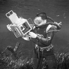 Photographer Bruce Mozert in Silver Springs with his underwater camera Sharks, Underwater, 1950s, Nautical, Florida, Memories, Explore, Silver, Image