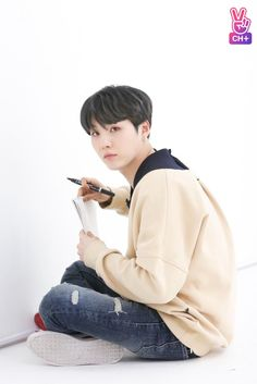aww; but hes so whitewashed:( i love whitewash and natural yoongi equally tho