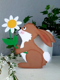 10 Cute and Simple Spring Wood Crafts Diy For You to Try Cute Easter Bunny, Easter Art, Easter Crafts, Diy Crafts For Girls, Diy Crafts To Do, Cardboard Crafts, Wood Crafts, Diy Wood, Baby Room Boy