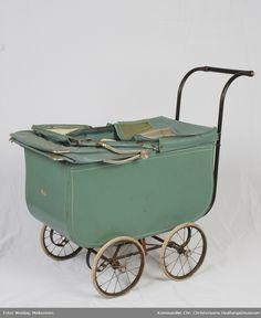 Bilderesultat for svithun barnevogn 1950 Pram Stroller, Baby Strollers, Prams, Wheelbarrow, Vintage Toys, Children, Pram Sets, Baby Prams, Young Children