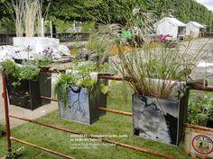 Dadagreen de Paule Kingleur sur barrière vauban à Jardins Jardin, aux Tuileries. Prix de l'Innovation Objet / Cité Verte 2013