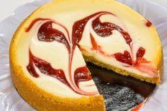 Cheesecake marmorat cu gem de visine - Culinar.ro