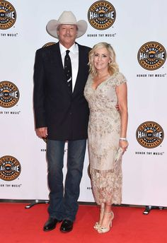 Photo Gallery: Alan Jackson's Hall of Fame Ceremony With George Strait, Randy Travis, Oak Ridge Boys & More | Nash Country Daily
