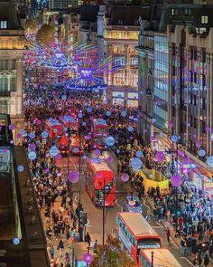 Holidays Around The World, Travel Around The World, Around The Worlds, London Christmas Lights, Holiday Lights, Christmas Time, Oxford Street, London Photos, Great Night