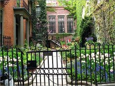 City garden - makes me think of Chi-town.