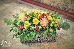 fotogalerie – Květinový Ateliér 26 Table Decorations, Plants, Furniture, Home Decor, Atelier, Decoration Home, Room Decor, Home Furnishings, Plant