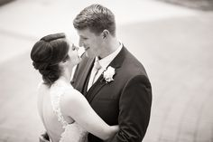 Black and White First Dance Happy Couple Wedding Photo | www.hannahandrandall.com