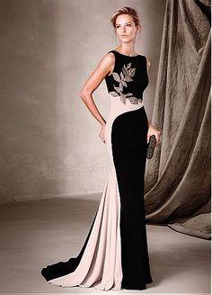 Rabatt Glamorous Stretch Charmeuse Bateau-Ausschnitt-Hüllen Abendkleider mit embroidey & Beads bei Dressilyme.com bekommen