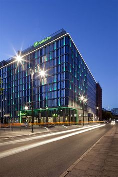 Get the Best Rates at  http://www.lowestroomrates.com/avail/hotels/Germany/Berlin/Holiday-Inn-Berlin-Centre-Alexanderplatz.html?m=p    With a stay at Holiday Inn Berlin - Centre Alexanderplatz, you'll be centrally located in Berlin, minutes from Berlin Conference Center and Alexanderplatz. This 4-star hotel is close to Pergamon Museum and Checkpoint Charlie Museum.  #HolidayInnBerlin #Alexanderplatz #BerlinHotels