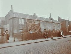 Whitgift Street: terrace of cottages 1908