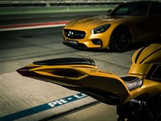 Happy Friday, Here's Some MV Agusta And Mercedes-AMG GT Porn
