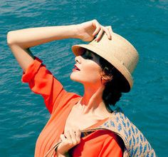 Helen Kaminski: Resort-Ready Accessories Sale