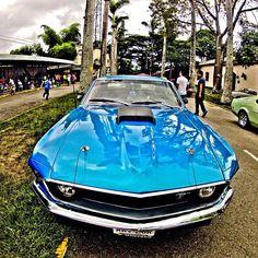 1969 Mustang, en Los Dos Caminos