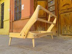 Eero Saarinen diseñó en los años 50 las sillas Conference y las butacas Executive , hoy en día las repl...