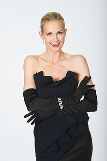 Kelly Rutherford Deane was born in Elizabethtown, KY in 1968, She worked in GenerationsmMelrose Place, Homefront (1991–93) as Judy Owen; in The Great Defender as Frankie Collet (1995); in Kindred: The Embraced as Caitlin Byrne (1996); in Threat Matrix as Frankie Ellroy Kilmer (2003); and had a recurring role in The Adventures of Brisco County, Jr. as femme fatale Dixie Cousins. as Christine Hamilton in the horror film Scream 3 (2000) & played the role of Lily Humphrey on Gossip Girl.