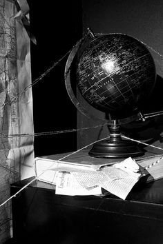 1940's film noir detective office