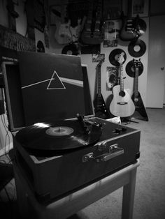 Dark Side of the Moon - Greatest Album EVER made