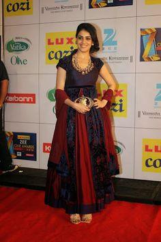 The Effervescent Genelia Dsouza at the Lux Cozi Zee Cine Awards 2014. by Priyanka Todi - Google+