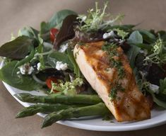 "Recipes from Bonefish Grill at the click-through. -- Shown: ""Grilled Salmon and Asparagus Salad."" See also http://www.pinterest.com/pin/175218241726390523/"