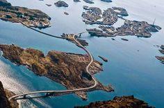 Carretera Oceanica en Noruega #fotografia #printbroker #imprenta #tipos #print #printer #letterpress www.printbroker.co PrintBroker&Co.