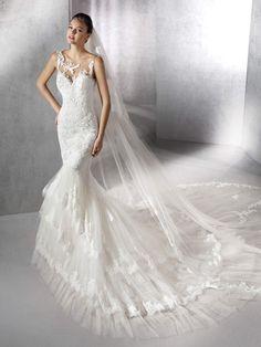 Zofie mermaid dress, with sweetheart neckline