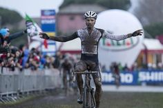 Niels Albert wins the 'cross World Cup in Rome