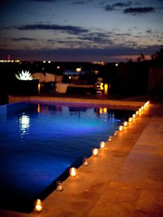 i've always wanted to host a party at night by a pool with candles around it and possibly floating ones too! anyone have a location i can borrow? Outdoor Cocktail Party, Outdoor Parties, Cocktails For Parties, Summer Parties, Summer Cocktails, Cocktail En Plein Air, Backyard Party Decorations, Outdoor Movie Nights, Backyard Lighting