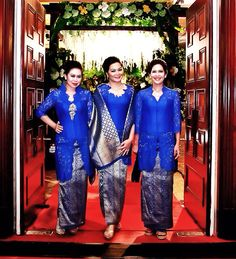 Blouse and Songket design by Bonny Louis