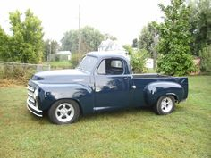 1950 Studebaker truck - this is the one truck I've always wanted more than any other. I pray for one of these to work out someday.