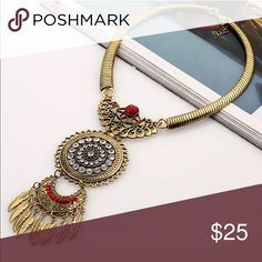 Stunning Statement Necklace Brand New Boutique Quality Jewelry Necklaces