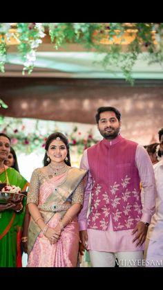 New Bridal Collection Indian Hindus 24 Ideas Bridal Sarees South Indian, South Indian Bridal Jewellery, Wedding Silk Saree, Indian Jewelry, Tamil Wedding, Bridal Lehenga, Indian Bridal Hairstyles, Indian Bridal Outfits, Indian Bridal Fashion