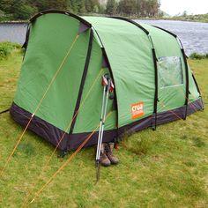 This tent comfortabl