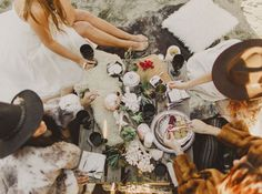 boho wintery bridal camp out. #weddinginspiration #weddingstyling #bridalparty