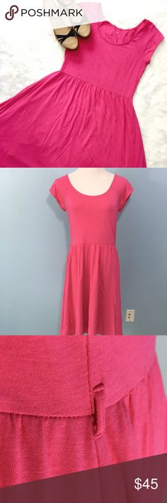 Garnet Hill Tee Skater Dress Bright pink knit classic; your new favorite alternative to shorts! Tee bodice with full skater skirt, which is lined with a soft knit tulle-like layer for extra bounce! Excellent condition, no flaws. Small belt loops to either side, belt not included. Runs true to size, shown on a 6-8 dress form. Garnet Hill Dresses Midi