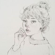 소녀♡ #drawingbijou #pencildrawing #drawing ##sketch #sweet #똥머리 #그림 #스케치 #드로잉 #art #design #소녀 #연필드로잉 #연필그림 #여자 #일러스트 #illustration #니트 #감성