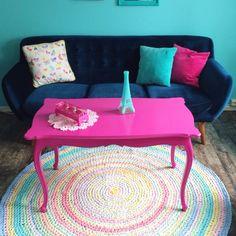 Nå har det skjedd mye nytt i stuen vår den siste tiden, med nye sofaer, ny stol og nytt bord. ...