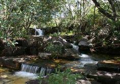 CAchoeira do Dragão Azulo/Pirenópolis/Go  http://www.pirenopolis.tur.br/multimidia/imagens/Atrativos%20naturais/Cachoeiras%20dos%20Dragoes