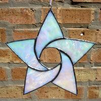 A simple star made from white, iridescent glass. h x Tiffany Foil Method Available in our Etsy Shop! Stained Glass Ornaments, Stained Glass Christmas, Stained Glass Suncatchers, Faux Stained Glass, Stained Glass Designs, Stained Glass Panels, Stained Glass Projects, Stained Glass Patterns, Leaded Glass