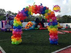 Rainbow arch balloons, Raibow Party decorations, party outdoor decorations, decoracion de fiestas en jardines, globos playa del carmen, fiestas playa del carmen, fiestas Riviera Maya