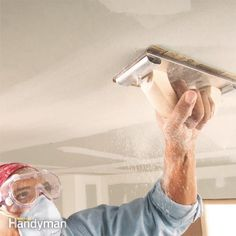 Sanding drywall isn't exactly fun. But if you do it right, you'll be rewarded with a great-looking paint job that will make all the effort wo Drywall Tape, Drywall Ceiling, Drywall Repair, Plaster Repair, Drywall Mud, Sanding Tips, Drywall Finishing, Diy Home Repair, Home Repairs