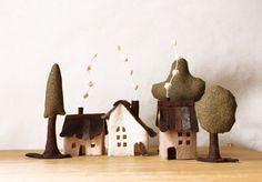 Cabins and trees - cream, brown  and green felt; miniature - by Maria at Intres (Etsy)
