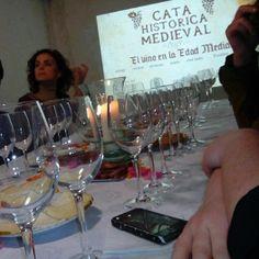@Turismo Villena @elrabalvillena #VillenaMedieval14 #cata #vinos #fondillon protagonista de la Fiesta del Medievo por @enologate @deliciasvillena delicias para el paladar. La gran historia del Fondillón, nacido en el S.XV, y protegido por el reglamento de U.E., considerado uno de los mejores vinos del mundo. Gracias Elena Estevan, Raúl Domene, Pablo Martínez. Repetiremos :)