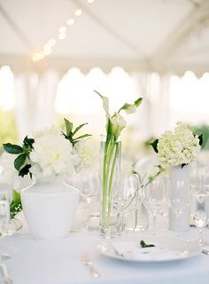 wedding photography - jose villa - real wedding - lauren & joe - reception decor - table decor - centerpiece - peonies, calla lilies & hydrangea